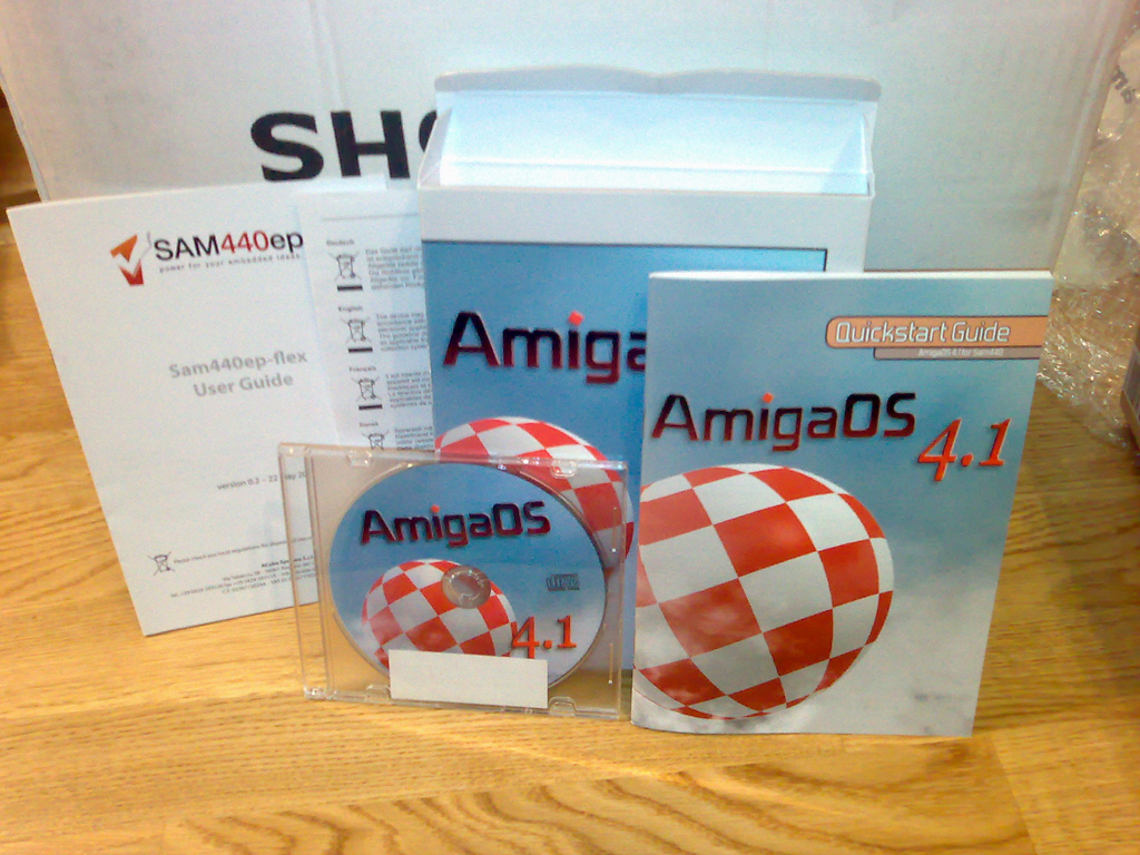 Sam440ep-flex and AmigaOS 4.1 (AOS4.1) CD box.jpg